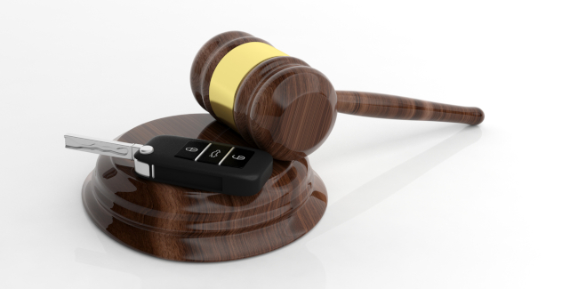 When Should You Call a Traffic Lawyer?